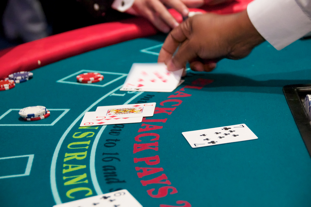 Playing blackjack for prizes at the 2010 Silverpop Client Summit